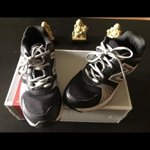 New Balance Youth Black Lace Up Sneakers